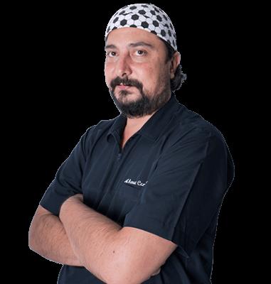 Д-р Ченгиз Берк, трихолог клиники HLC