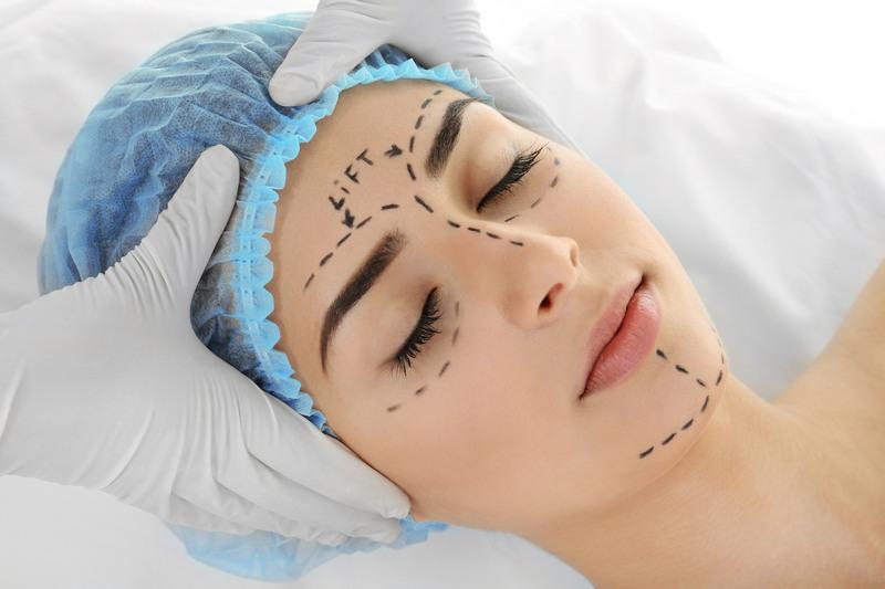 хірургічний ліфтинг обличчя